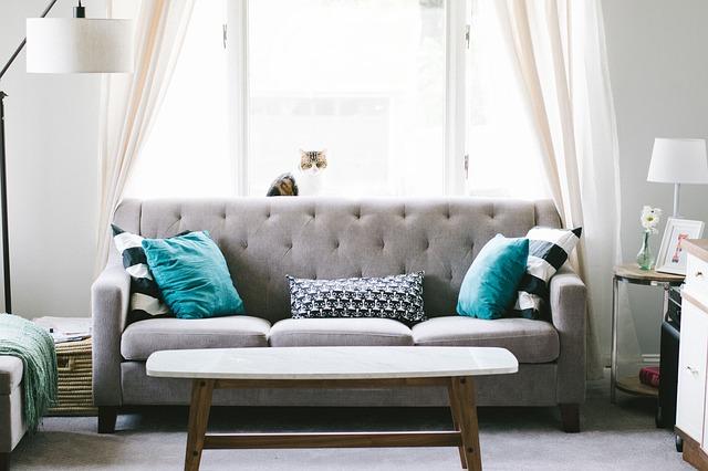 lampičky u gauče